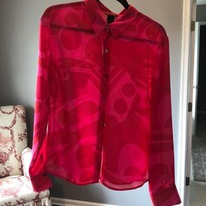 The limited large blouse pink and red. Beautiful